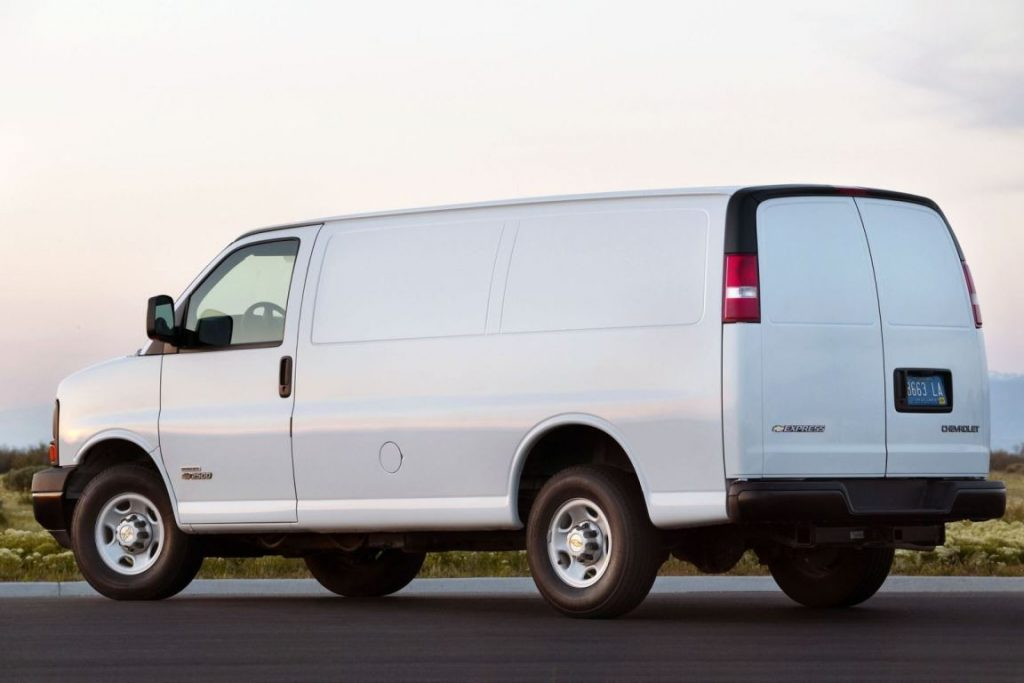 2014 chevy express 1500 battery